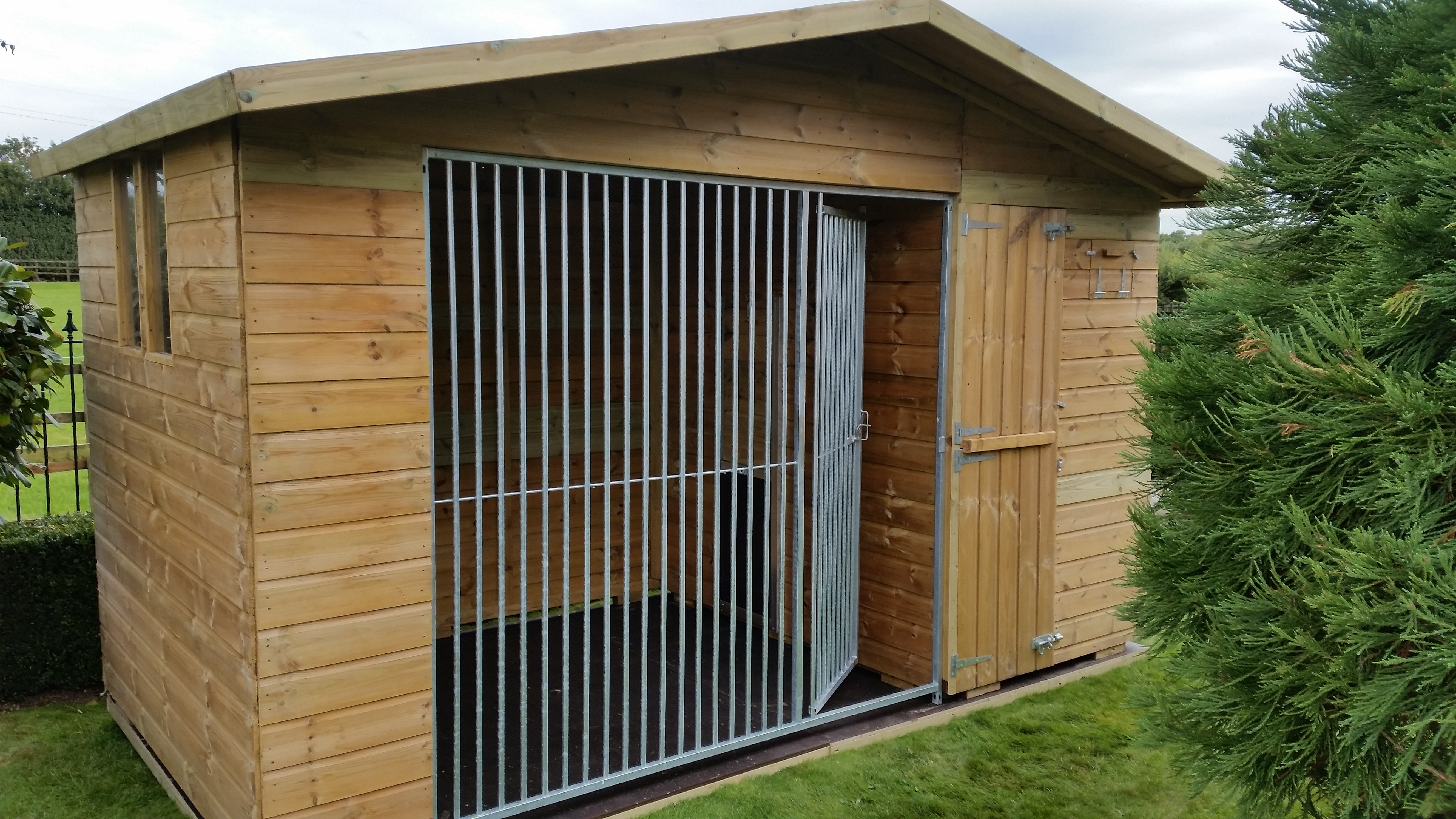The Bramhall 10.6ft Wide x 4ft Deep Dog Kennel