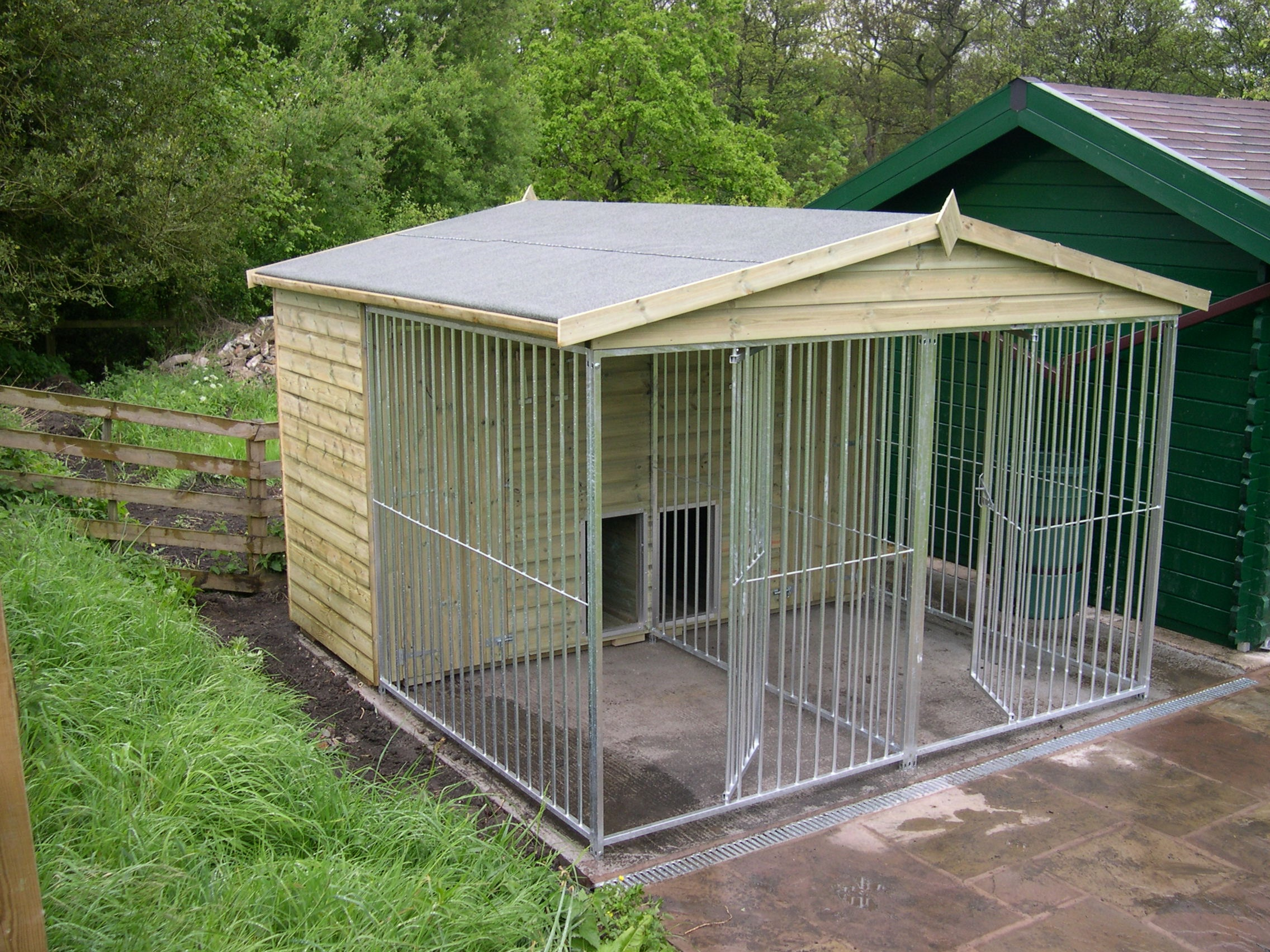 The Chatsworth 10ft Wide x 10.6ft Deep Dog Kennel